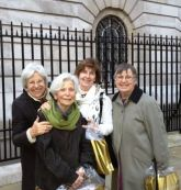 Trulee Joan Hanni Sandy at Buckingham Palace